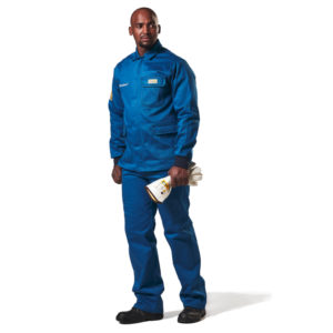 Dromex Arc Suit 25 cal is dark blue in colour with elasticated wrists and 3 pockets with flaps